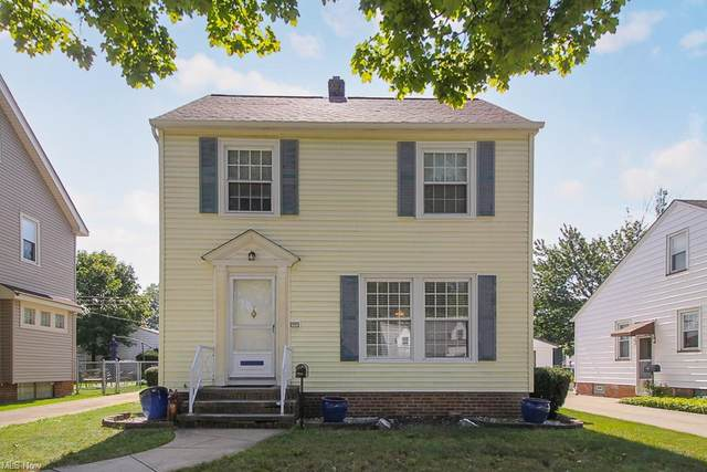 16301 Melgrave Avenue, Cleveland, OH 44135 (MLS #4318050) :: The Holden Agency