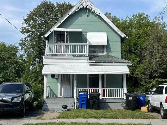 2494 E 84th Street, Cleveland, OH 44104 (MLS #4318341) :: Vines Team