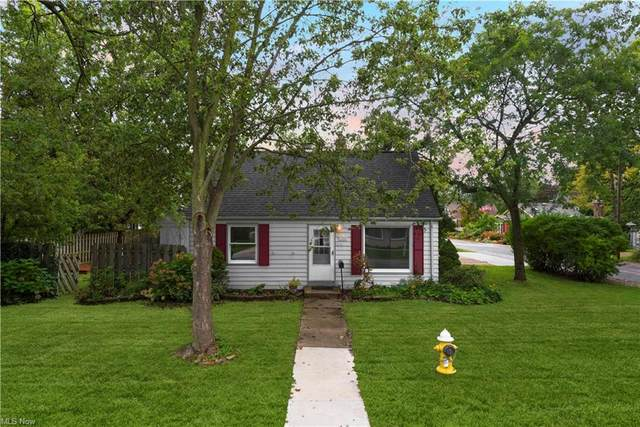 184 S Point Drive, Avon Lake, OH 44012 (MLS #4318518) :: The Jess Nader Team | REMAX CROSSROADS