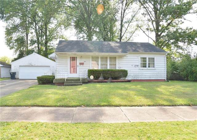 525 Comstock Street NW, Warren, OH 44483 (MLS #4318671) :: The Holly Ritchie Team