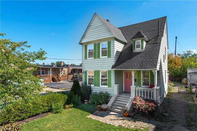 1411 W 114th Street, Cleveland, OH 44102 (MLS #4318740) :: The Tracy Jones Team