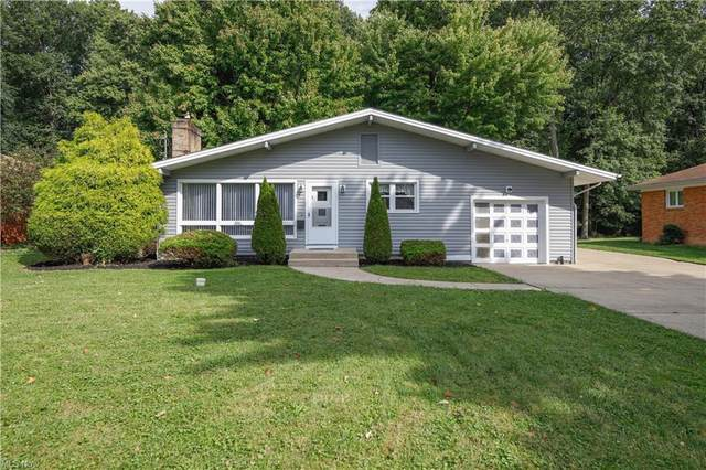 24 Lake Shore Drive, Youngstown, OH 44511 (MLS #4318777) :: TG Real Estate