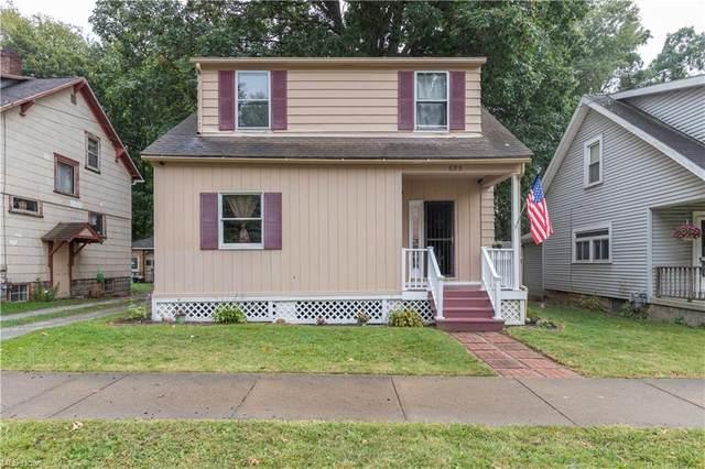 655 E Perry Street, Salem, OH 44460 (MLS #4319195) :: Tammy Grogan and Associates at Keller Williams Chervenic Realty