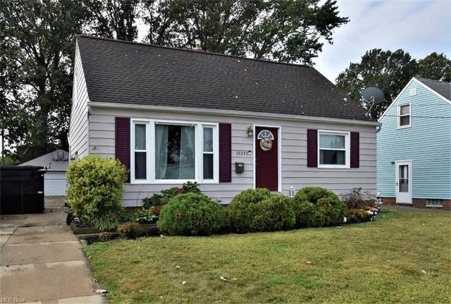 30232 Forestgrove Road, Willowick, OH 44095 (MLS #4319235) :: The Holden Agency
