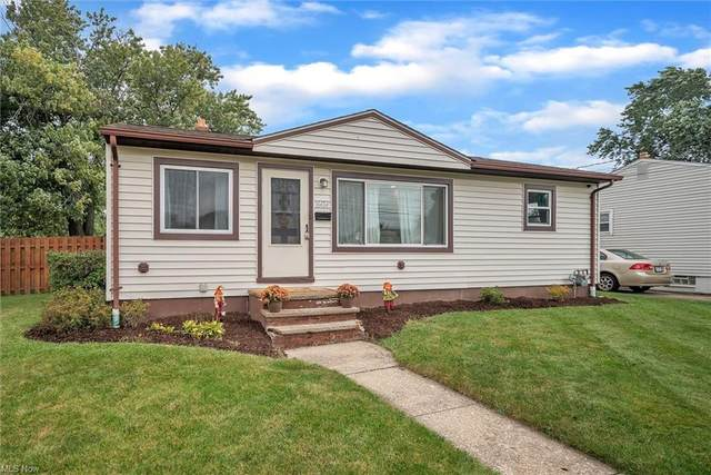 16424 Remora Boulevard, Brook Park, OH 44142 (MLS #4319667) :: The Holden Agency