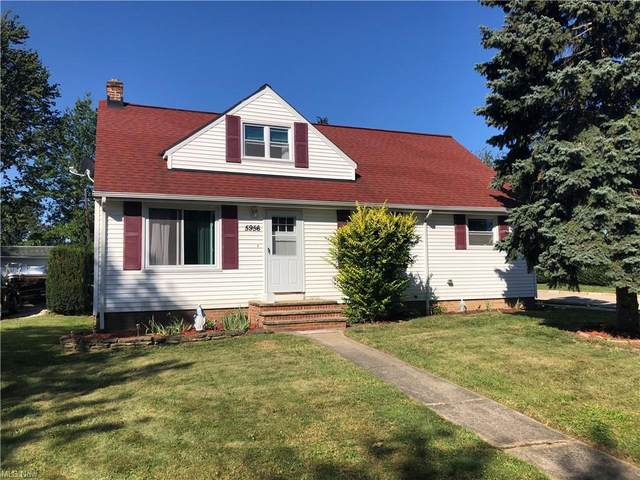 5956 S Park Boulevard, Parma, OH 44134 (MLS #4319799) :: The Holden Agency