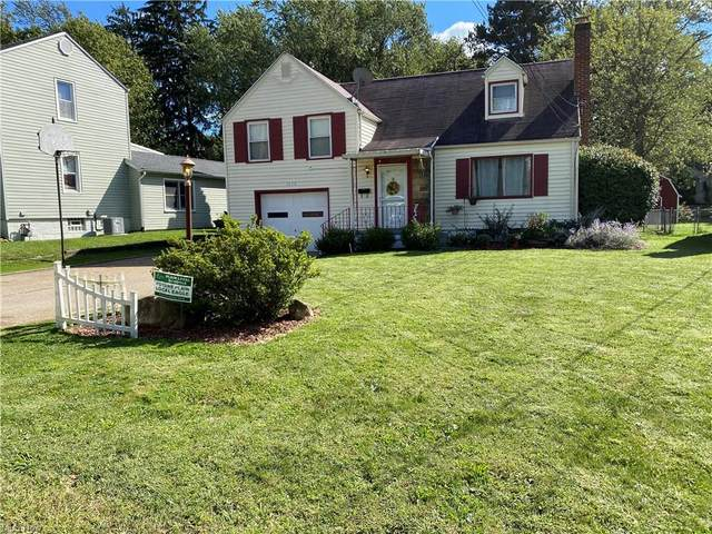 1630 38th Street NW, Canton, OH 44709 (MLS #4319932) :: The Holden Agency