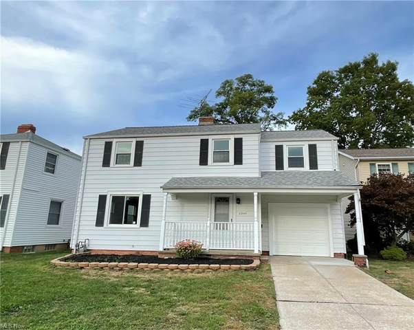 2245 Sunset Drive, Wickliffe, OH 44092 (MLS #4320071) :: The Holden Agency