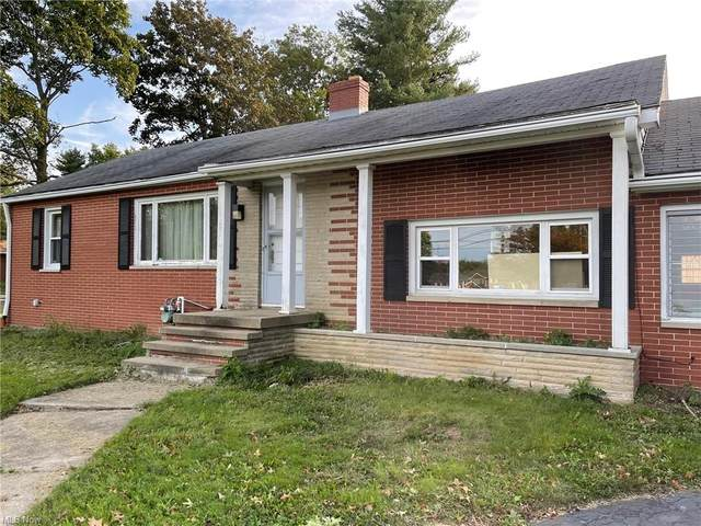 1754 S Sawburg Avenue, Alliance, OH 44601 (MLS #4320190) :: The Tracy Jones Team
