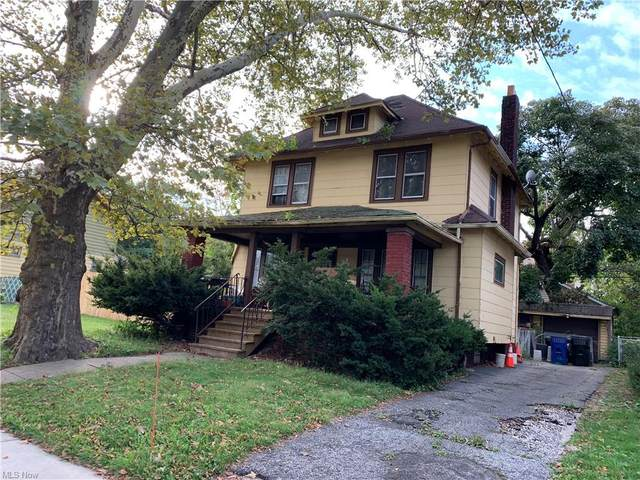 11704 Thornwood Avenue, Cleveland, OH 44108 (MLS #4320669) :: The Tracy Jones Team