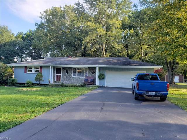 46355 Dogwood Circle, New Waterford, OH 44445 (MLS #4322172) :: RE/MAX Edge Realty