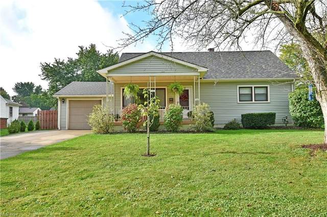 3372 Estates Circle, Youngstown, OH 44511 (MLS #4322662) :: Keller Williams Legacy Group Realty