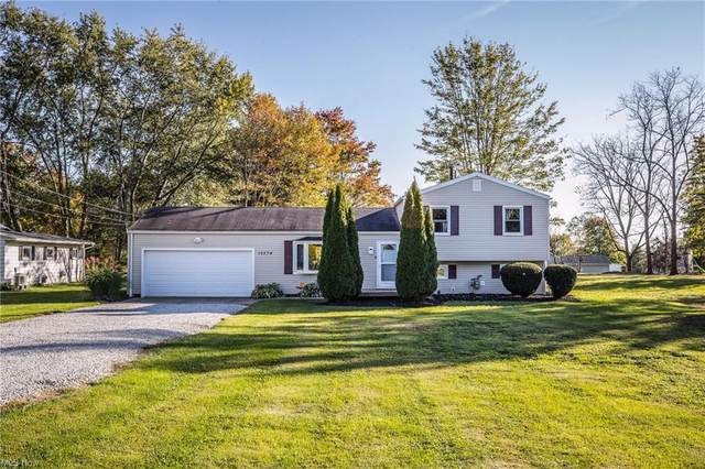 10274 Strausser Street NW, Canal Fulton, OH 44614 (MLS #4322804) :: RE/MAX Edge Realty