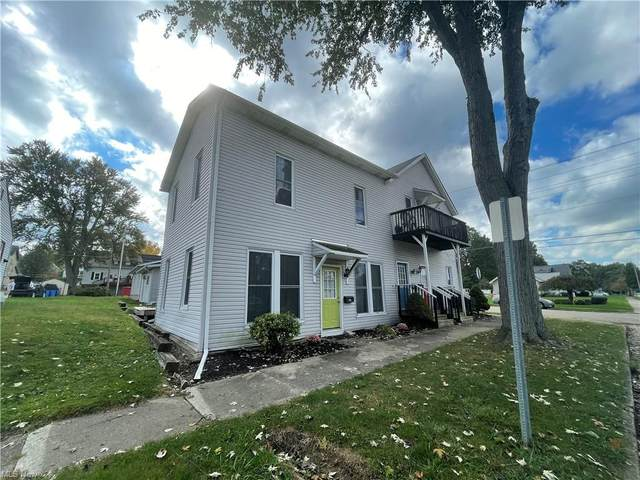 192 Main Street SW, Brewster, OH 44613 (MLS #4323486) :: The Art of Real Estate