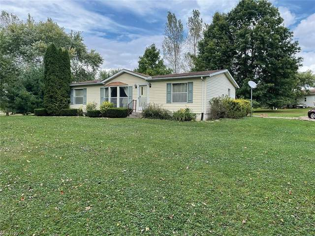 27036 Center Road, Beloit, OH 44609 (MLS #4323500) :: Simply Better Realty