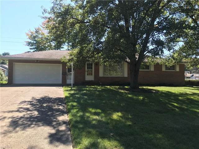 1526 Edmar Street, Louisville, OH 44641 (MLS #4323828) :: The Holly Ritchie Team