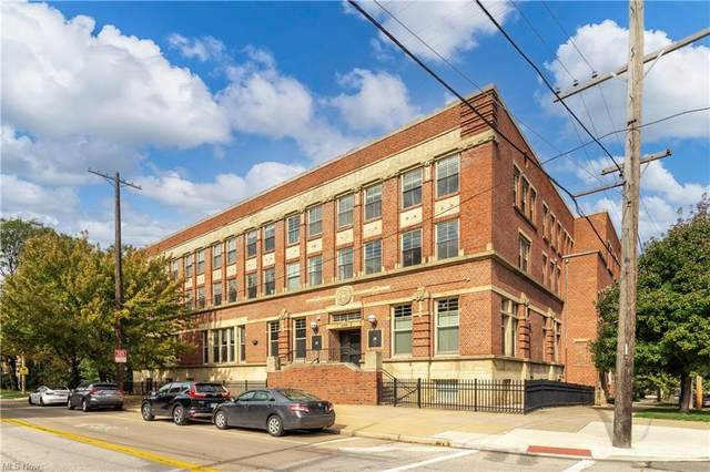 3200 Franklin Boulevard #203, Cleveland, OH 44113 (MLS #4323891) :: Keller Williams Legacy Group Realty
