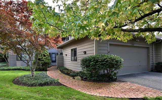 2213 Landerhaven Court #8, Mayfield Heights, OH 44124 (MLS #4323902) :: Simply Better Realty