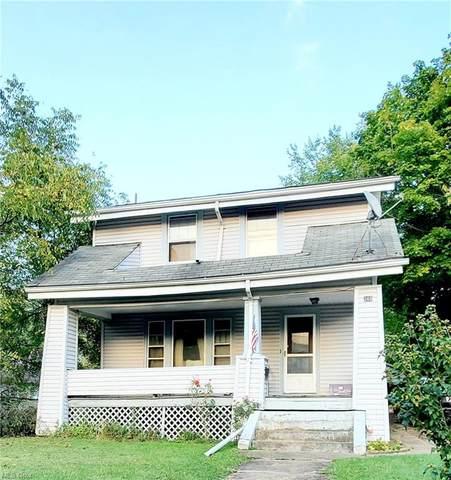 360 Bonnie Brae Avenue NE, Warren, OH 44483 (MLS #4323913) :: The Holly Ritchie Team