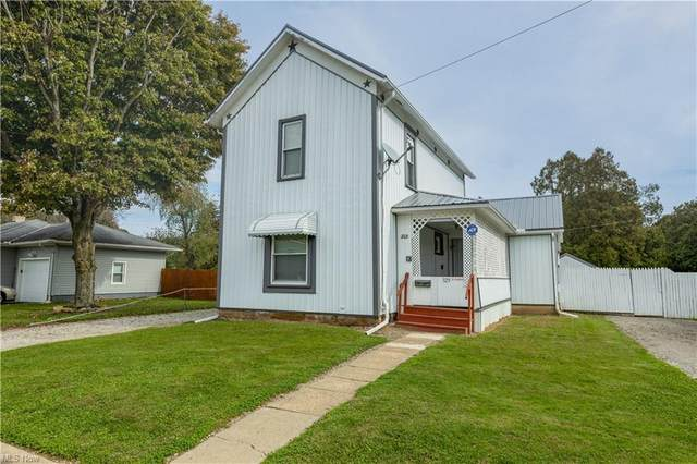329 Ray Street, Newcomerstown, OH 43832 (MLS #4324350) :: Select Properties Realty
