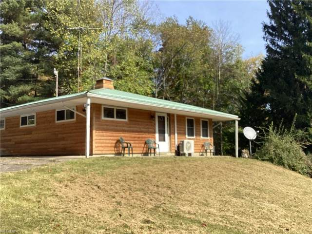 6205 Vo Ash Drive SW, Carrollton, OH 44615 (MLS #4324523) :: RE/MAX Edge Realty