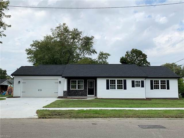 110 Highland Avenue, Dover, OH 44622 (MLS #4324531) :: The Art of Real Estate