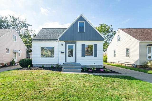 288 E 330th Street, Willowick, OH 44095 (MLS #4325705) :: The Art of Real Estate