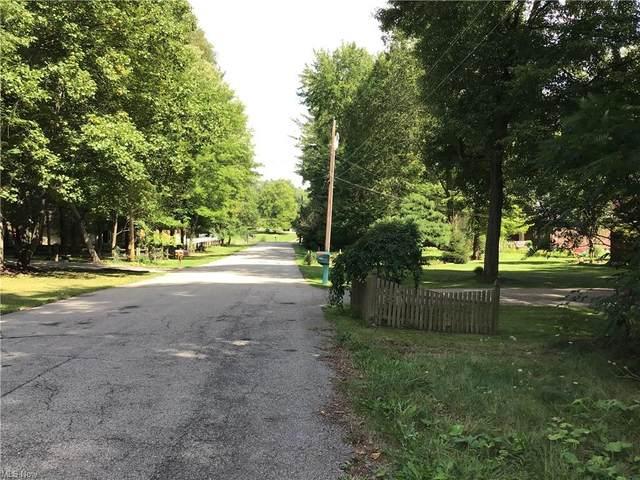 7 Knapp Drive, Cortland, OH 44410 (MLS #4325743) :: Krch Realty