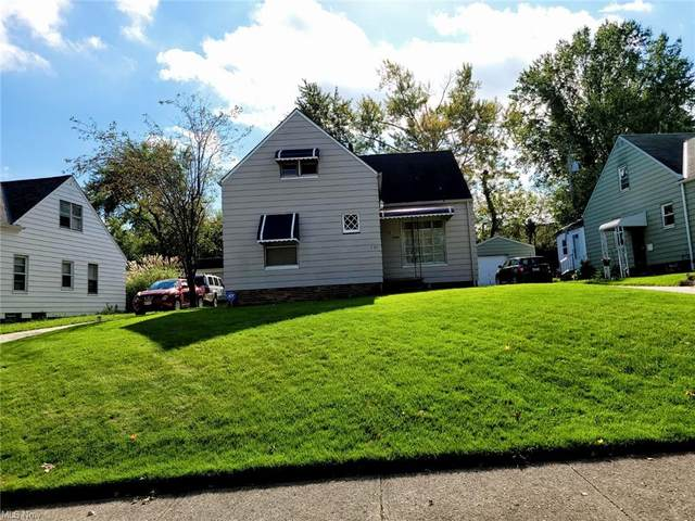 5371 West Boulevard, Maple Heights, OH 44137 (MLS #4325769) :: The Holly Ritchie Team