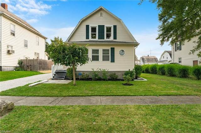 175 W Virginia Avenue, Sebring, OH 44672 (MLS #4325812) :: RE/MAX Edge Realty