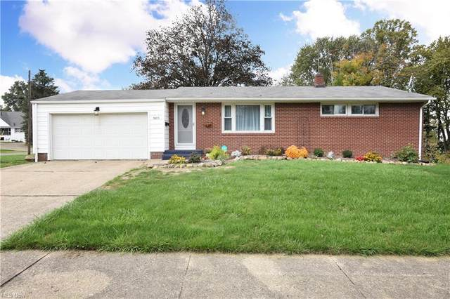 3805 Woodland Avenue NW, Canton, OH 44709 (MLS #4326043) :: The Holly Ritchie Team