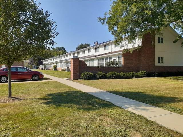 25345 Country Club Boulevard 12-11, North Olmsted, OH 44070 (MLS #4326155) :: Krch Realty