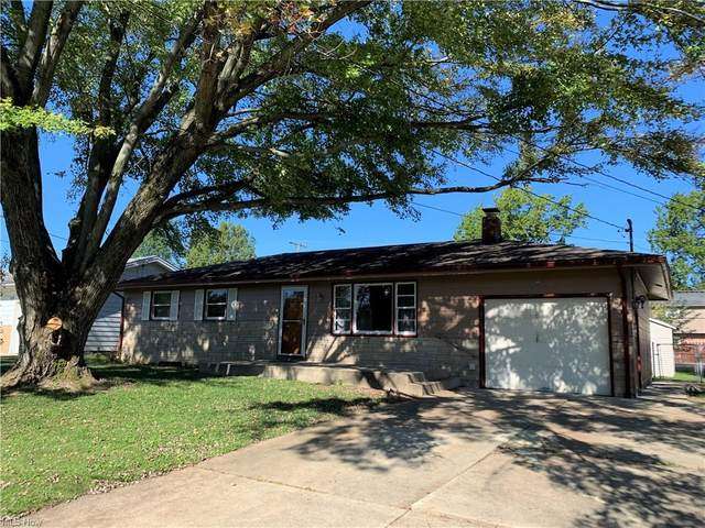4266 Selkirk Avenue, Youngstown, OH 44511 (MLS #4326441) :: The Tracy Jones Team
