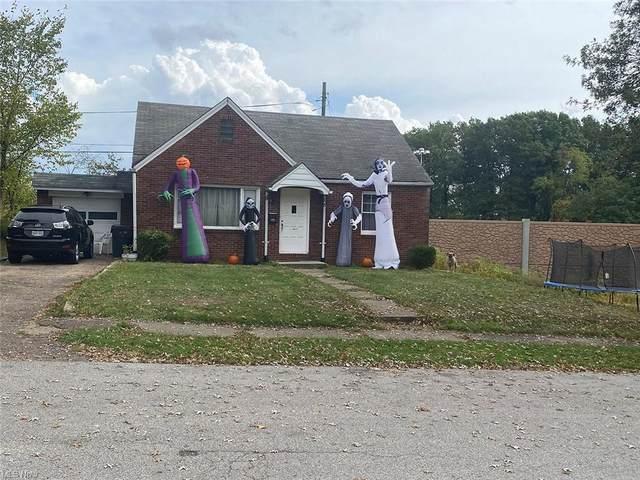 2702 Blake Avenue NW, Canton, OH 44718 (MLS #4327030) :: Tammy Grogan and Associates at Keller Williams Chervenic Realty