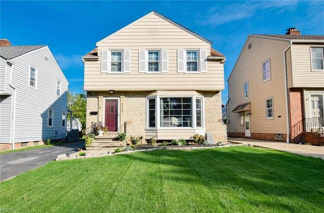 4309 Groveland Road, University Heights, OH 44118 (MLS #4327274) :: Simply Better Realty