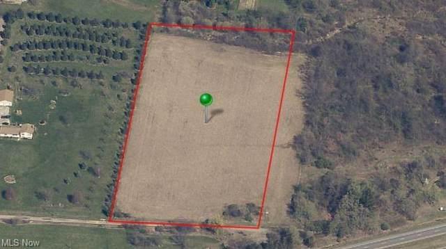 5725 Crock Street NE, Louisville, OH 44641 (MLS #4327451) :: Select Properties Realty