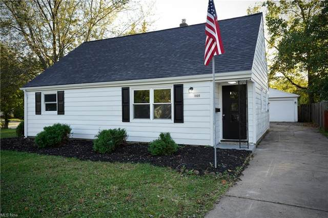 1184 Waverly Road, Eastlake, OH 44095 (MLS #4327576) :: The Holly Ritchie Team