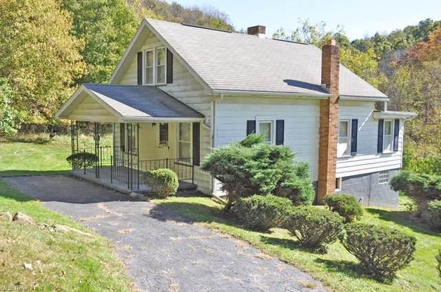 5948 Echo Lake Road NE, New Philadelphia, OH 44663 (MLS #4327654) :: Jackson Realty