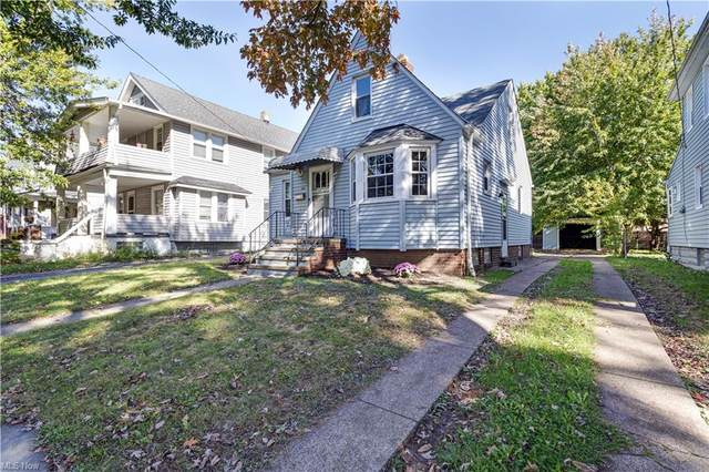 3291 W 125th Street, Cleveland, OH 44111 (MLS #4328264) :: Krch Realty