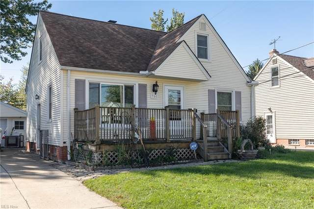 364 E 288th Street, Willowick, OH 44095 (MLS #4328338) :: Krch Realty
