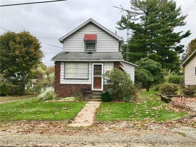 352 Ash Street, Salem, OH 44460 (MLS #4328616) :: RE/MAX Trends Realty