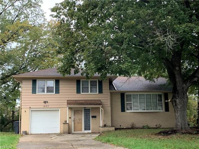 1805 Tiffany Drive NE, Warren, OH 44483 (MLS #4328879) :: RE/MAX Trends Realty