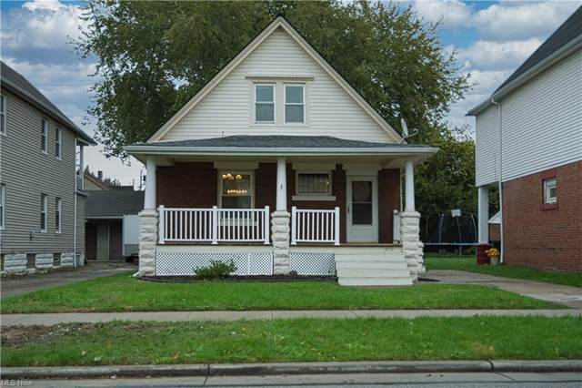 4001 E 54th Street, Newburgh Heights, OH 44105 (MLS #4328912) :: Keller Williams Chervenic Realty