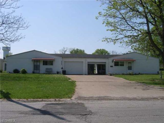 1516 E 31st Street, Lorain, OH 44055 (MLS #3948616) :: Tammy Grogan and Associates at Cutler Real Estate