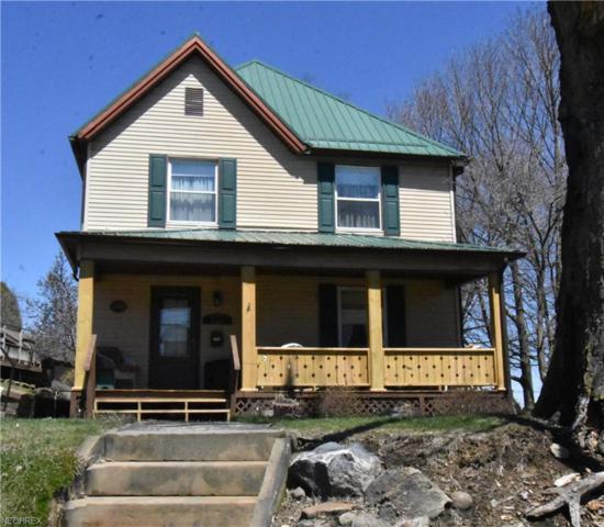 8267 Warren Sharon, Masury, OH 44438 (MLS #3990336) :: Keller Williams Chervenic Realty