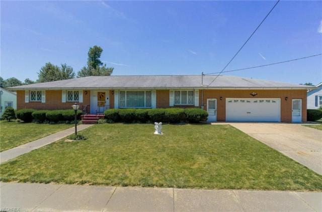 2525 Center Ave, Alliance, OH 44601 (MLS #4008586) :: Tammy Grogan and Associates at Cutler Real Estate