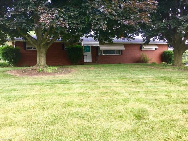1044 24th St SW, Massillon, OH 44647 (MLS #4011871) :: The Crockett Team, Howard Hanna