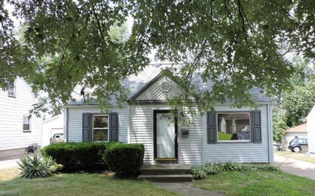 106 Elmwood Dr, Hubbard, OH 44425 (MLS #4018730) :: The Crockett Team, Howard Hanna