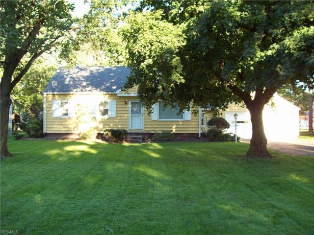 5174 Alva Ave NW, Warren, OH 44483 (MLS #4041607) :: The Crockett Team, Howard Hanna