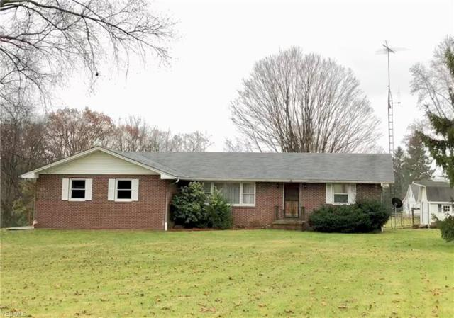 1074 Canyon Rd SE, Carrollton, OH 44615 (MLS #4056369) :: RE/MAX Edge Realty